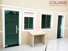 Porta e janela vidro temperado verde