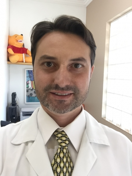 Dr. Warley Pereira