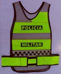 Colete refletivo tipo manta  com inclusão do símbolo internacional da polícia comunitária xadrez (quadriculado azul e branco)
