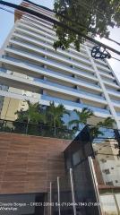 Duetto Graça, Apartamentos 1 e 2  Quartos Apartamentos com 1 Quarto e sala com 50,51 m², e 2 Quartos com 73,93 m², todos nascente, varanda gourmet, todo com piso em cerâmica, 1 ou 2 vagas cobertas.   O Residencial Duetto Graça fica localizado em um endereço dos mais tradicionais de Salvador.  Empreendimento Torre única  15 andares, 4 apartamentos por andar sendo todos nascentes, com varanda Gourmet. 15 apartamentos de 2 suites  45 apartamentos de 1 Quarto e sala 2 elevadores. 1 depósito no corredor dos andares para cada unidade. 1° andar equivalente ao 4° andar. Piso em todo apartamento. Predio 100% pastilhado.  Infraestrutura: Piscina com jacuzzi e raia. Quiosque gourmet com churrasqueira e forno de pizza Linvig gourmet Sport bar com mesa de sinuca e mesa de poker Academia Sala de massagem Bussines co work Conference room.  Marque já sua visita e venha conhecer pessoalmente!!!!!  Mais detalhes com:  Claudio Borges  CRECI 22602 BA  (71)3494-7843 (71)99911-1102 WhatsApp