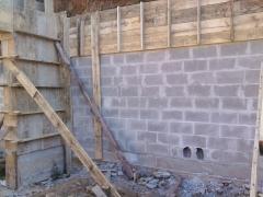 Alvenaria de blocos de concreto grauteados