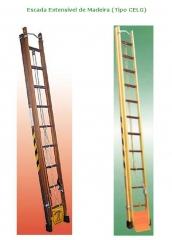 Escada extensível de madeira (tipo celg)