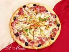 Pizza à moda (salaminho, presunto, calabresa, milho,pimentão, cebola e azeitona)