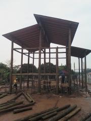 Construcoes com mouroes eucaliptos tratados