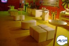 Puffs, ilumina��o, recamiers, mesas, cadeiras, carpetes, decora��o