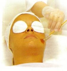 Peelings: acne peel, vinho, ácido glicólico, ahas, kójico, fítico, aqua peel, etc..