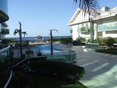 Apartamento 03 suítes frente ao mar da lagoinha, para vender ou alugar na temporada.