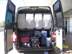 Amplo porta-malas