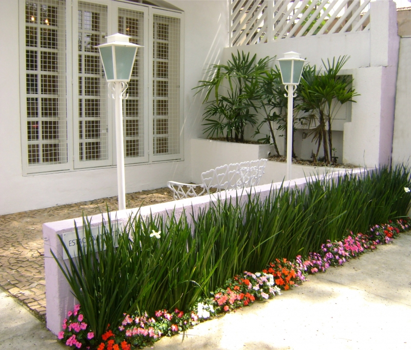 Jardineira fachada - MC3